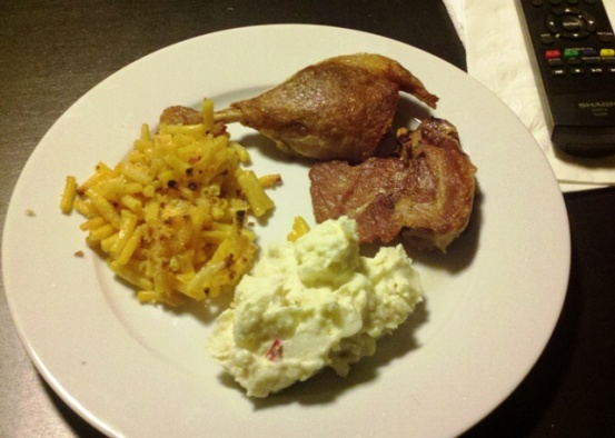 Sous Vide Duck Leg, Mac'n'Cheese, Potato Salad