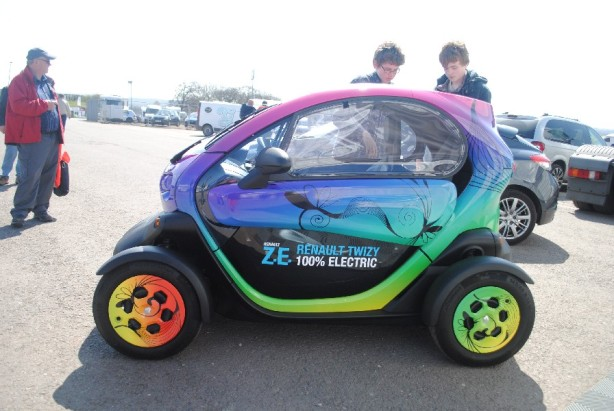 Renault Twizy - full electric