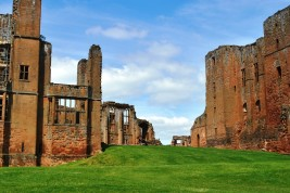 JUNE 2013 - Kenilworth Castle