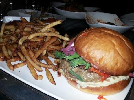 Haven Gastropub - Haven burger