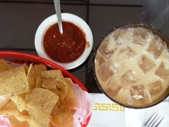 Tacos Tamazula - chips & salsa, horchata