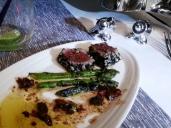 VA Upper Class Flight - seared tuna, asparagus