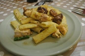 Post-hike dinner - Chicken Pesto Pasta